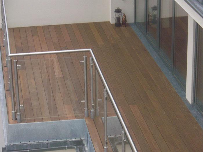 Projektbeispiel Verlegung Einer Holzterrasse F R Balkon
